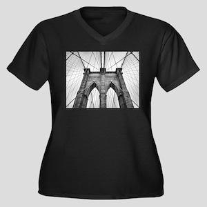 Brooklyn Bridge New York City cl Plus Size T-Shirt