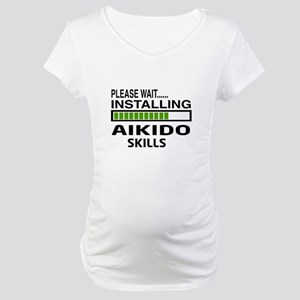 Please wait, Installing Aikido s Maternity T-Shirt