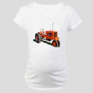 Model WC Maternity T-Shirt