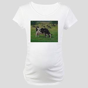 Holstein Milk Cow in Pasture Maternity T-Shirt