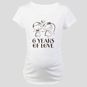 6th Anniversary chalk couple Maternity T-Shirt