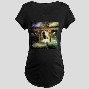 Wonderful horse Maternity T-Shirt