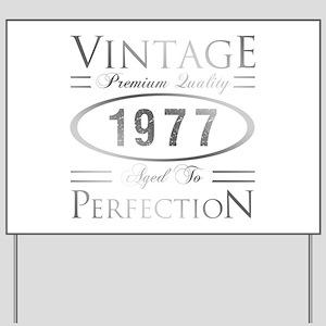 Vintage 1977 Birthday Yard Sign