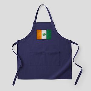 Irish Shamrock Flag Apron (dark)