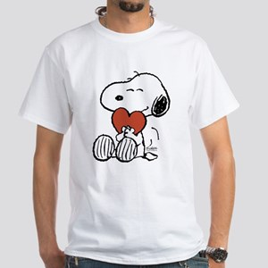 Peanuts: Snoopy Heart Dark T-Shirt