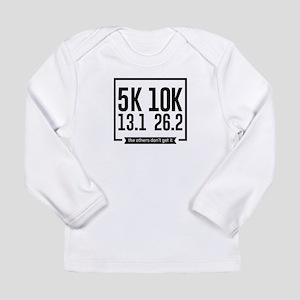 5K 10K 13.1 25.2 Runners Runni Long Sleeve T-Shirt