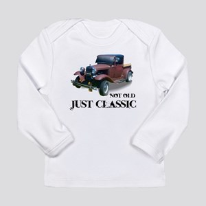 """not old """"just classic"""" Long Sleeve T-Shirt"""