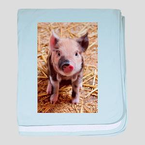Piglet baby blanket