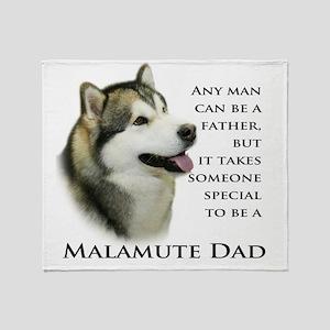 Malamute Throw Blanket
