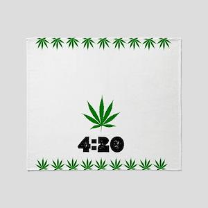 4:20 Weed Leaf shirt Throw Blanket