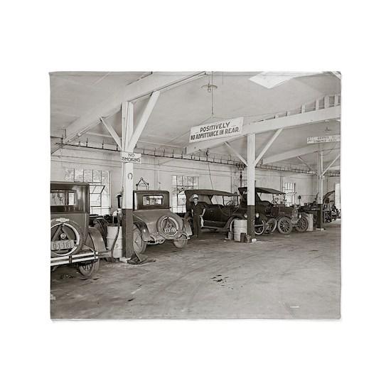 Auto Dealer Repair Shop, 1926