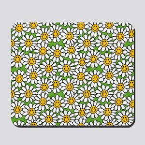 Smiley Daisy Flowers Pattern Mousepad