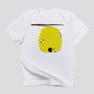 Beehive with 3 busy bees Infant T-Shirt