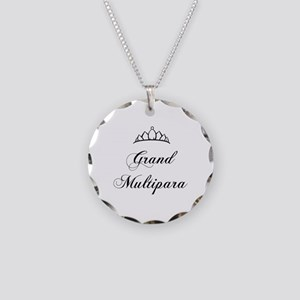 Grand Multipara Necklace Circle Charm