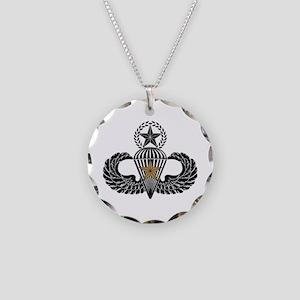 Combat Parachutist 1st awd Master B-W Necklace Cir