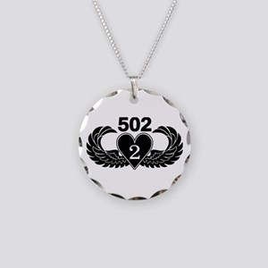 2-502 Black Heart Necklace Circle Charm