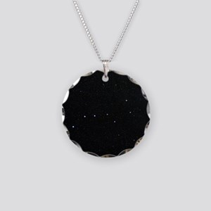 The Plough in Ursa Major, op Necklace Circle Charm