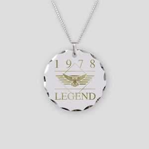 1978 Classic Eagle Necklace Circle Charm