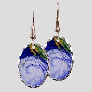urricane Linda - Earring Oval Charm