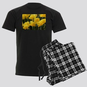 Daffodil flowers in bloom in g Men's Dark Pajamas
