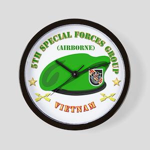 SOF - 5th SFG Beret - Vietnam. Wall Clock