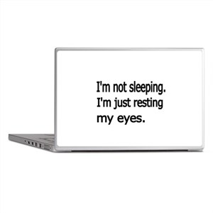 Im not sleeping,Im just resting my eyes Laptop Ski