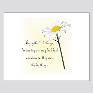 Little Things Daisy Small Poster