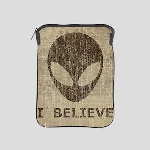Vintage Alien iPad Sleeve