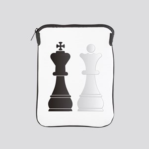 Black king white queen chess pieces iPad Sleeve