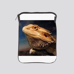.young bearded dragon. iPad Sleeve