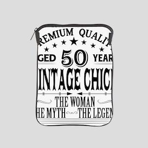VINTAGE CHICK AGED 50 YEARS iPad Sleeve