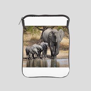 Elephant mom and babies iPad Sleeve