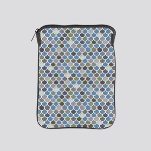 Overlapping Scallops iPad Sleeve
