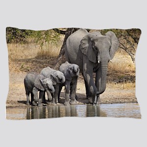 Elephant mom and babies Pillow Case