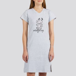 Snoopy Beagle Hugs Women's Nightshirt