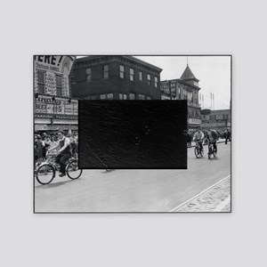 Coney Island Bicyclist 1826632 Picture Frame