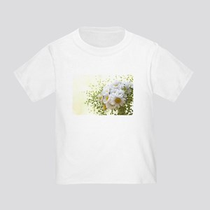 Bouquet of daisies in LOVE T-Shirt