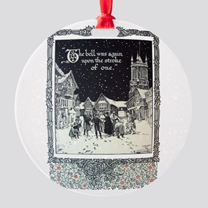 Carolers Round Ornament