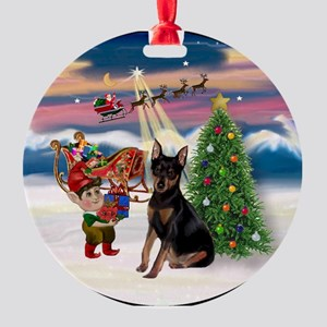 Christmas Tree & Min Pin Keepsake (Round)