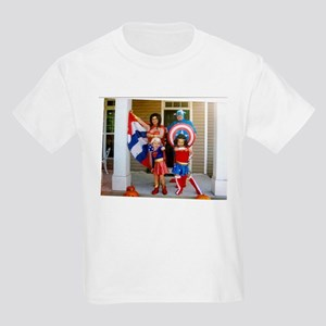 Wonder Woman And Captain America T-Shirt