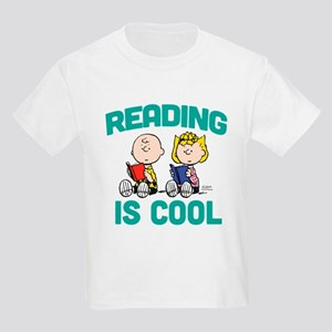 Charlie & Sally Brown-Reading i Kids Light T-Shirt