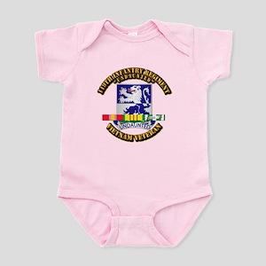 Army - 119th Infantry Regiment w SVC Ribbon Infant