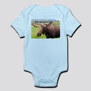 This moose be love: Alaskan moose Infant Bodysuit