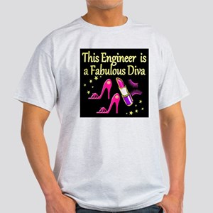 ENGINEER DIVA Light T-Shirt