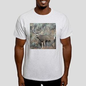 Utah mule deer buck Light T-Shirt