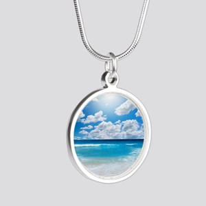 Sunny Beach Silver Round Necklace