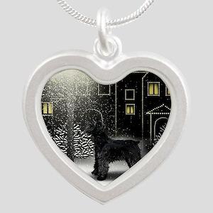 sc GS Silver Heart Necklace