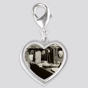 Gold Rush offices of Wells-Far Silver Heart Charm