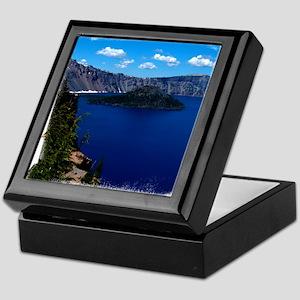 (16) Crater Lake  Wizard Island Keepsake Box