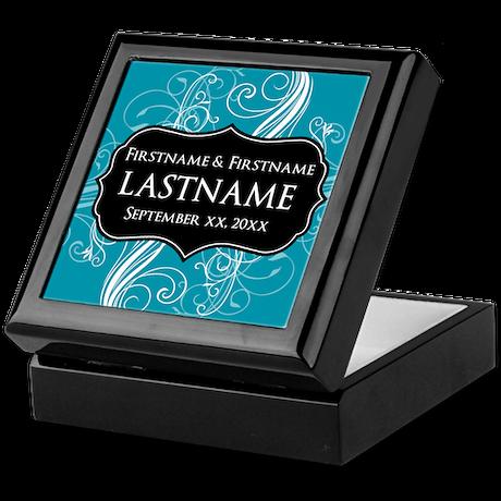 Wedding Favors with a Pattern Keepsake Box